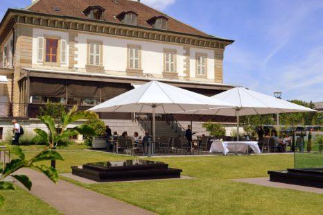 Réserver une table en terrasse au restaurant vieux Bois de geneve