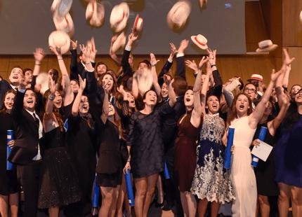 Graduation ceremony Cérémonie de remise des diplômes graduation ceremony t École Hôtelière de Geneve