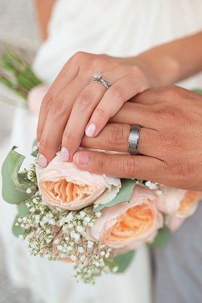 organiser un Mariage a Geneve mains