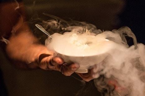 Cuisine moléculaire Cocktail Dinatoire avec votre Service Traiteur à Genève, EHG Traiteur Genève