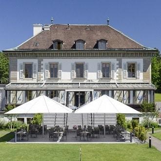 Organise sa communion au restaurant vieux bois a Geneve et profiter de sa terrasse
