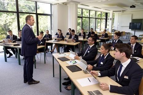 Ecole de Management en Hotellerie a Geneve en Suisse 466x310