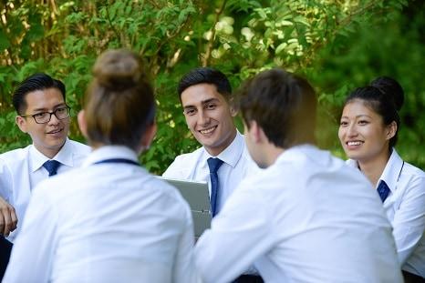 Anifor, Centre de formation professionnel hotelier suisse dans le canton du valais Le métier de Concierge