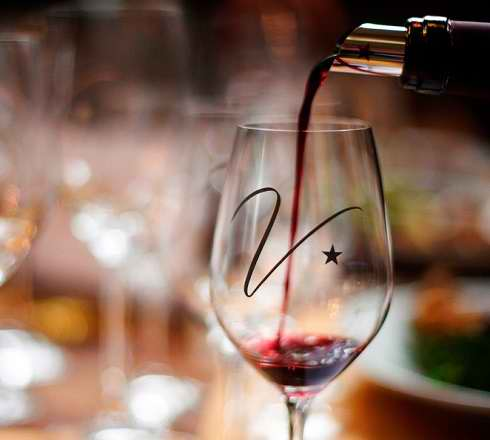 Anifor - Centre de formation Hotelier du Valais Suisse - Service des vins du Valais