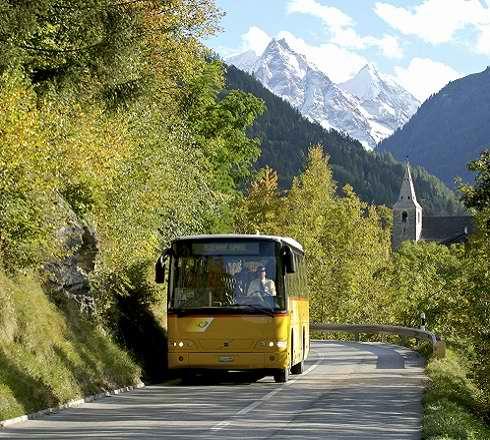 Anifor, Centre de formation professionnelle hotelier suisse pour concierge, gestionnaire de bar et gouvernante dans le canton du valais, bus en été
