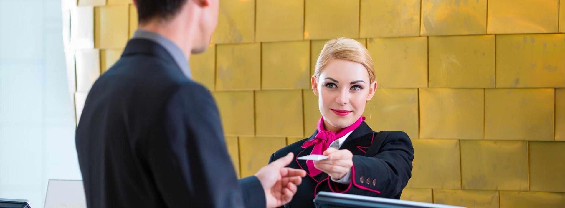 Anifor - Devenir Concierge dans un hotel de Luxe