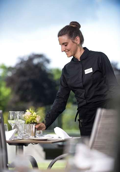 Réserver votre table sur la terrasse du restaurant vieux bois a Genève