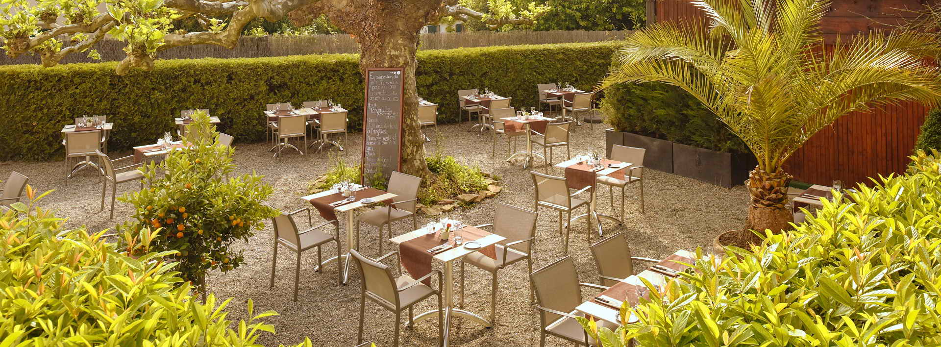 Réouverture de la terrasse au Restaurant l'Auberge à Chambésy Genève