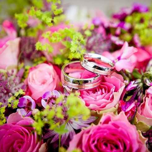 Bouquet de fleurs cérémonie de mariage a Genève, EHG Traiteur 490x490