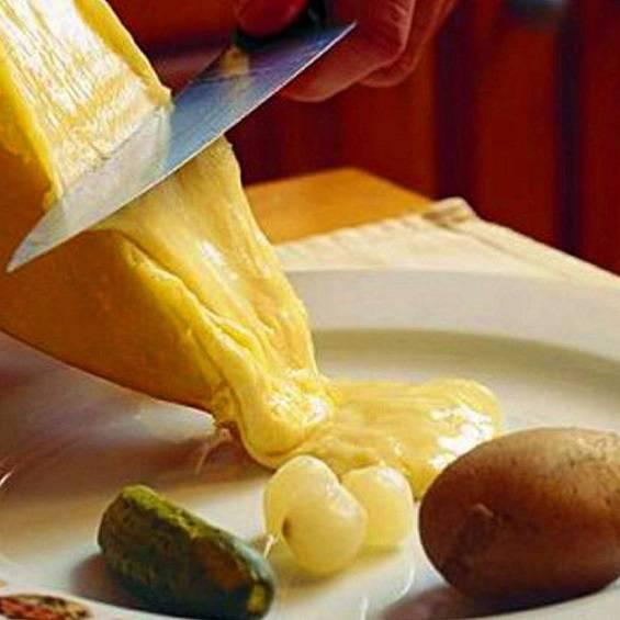 Soirée Raclette à volonté au restaurant l'Auberge a Chambesy - Genève